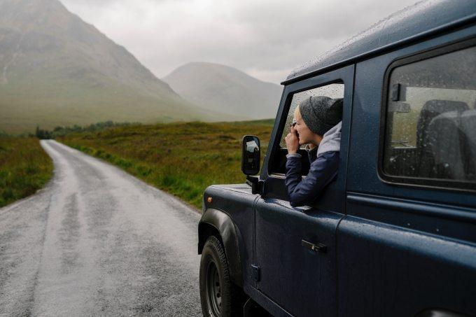 asphalt-automobile-blond-hair-1927572