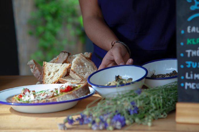 bowl-bread-breakfast-2498938